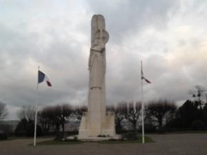 laon Le monuments aux morts