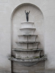 laon fontaine