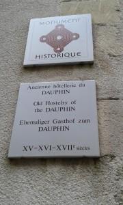 ancienne hotellerie du dauphin 1